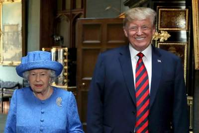 Елизавета II пригласила Трампа в Букингемский дворец