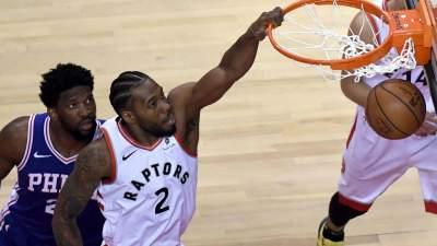 НБА: «Филадельфия» сравняла счет в серии с «Торонто», «Денвер» обыграл «Портленд»