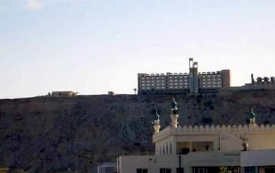 В Пакистане боевики обстреляли отель