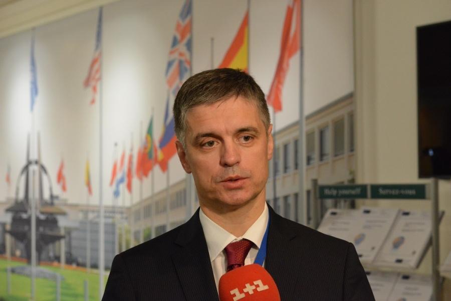 Зеленский занялся вопросом переговоров по Донбассу