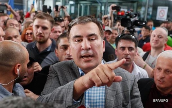 Саакашвили своеобразно поблагодарил Зеленского