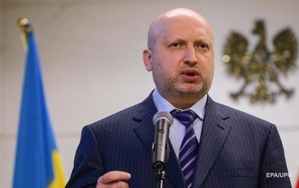 Турчинов в заявлении об отставке написал о готовности пойти воевать