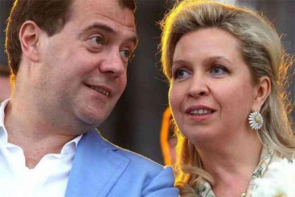 Медвечук рассказал, что его кумой является жена премьер-министра РФ
