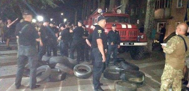 В Донецкой области разгорелся конфликт из-за депутатского мандата