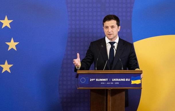 Зеленский заявил, что Донбасс после деоккупации сможет говорить на русском
