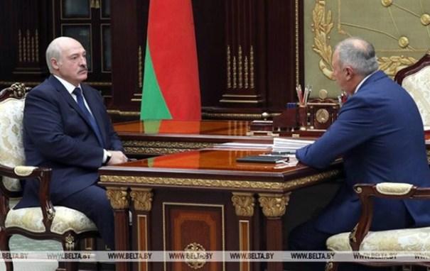 Лукашенко хитро увильнул от просьбы Зеленского