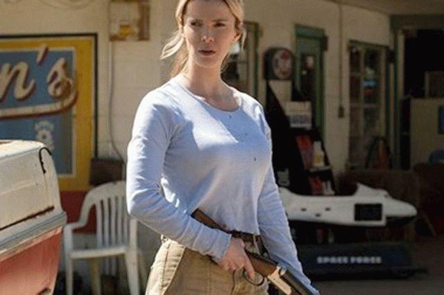 В США из-за массового расстрела людей отменили премьеру фильма «Охота»
