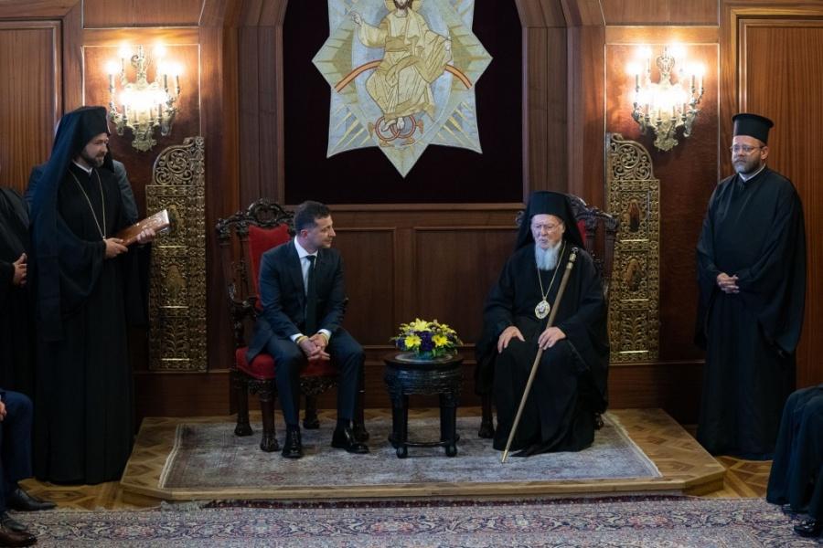 Зеленский пообещал Варфоломею защищать независимость церкви