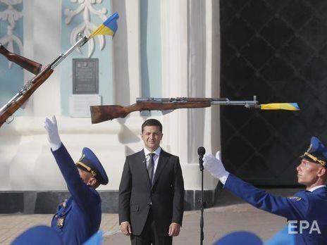 Зеленский сравнил Россию с соседом, который отобрал детей