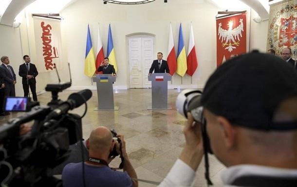 Зеленский в Варшаве назвал угрозу для всей Европы