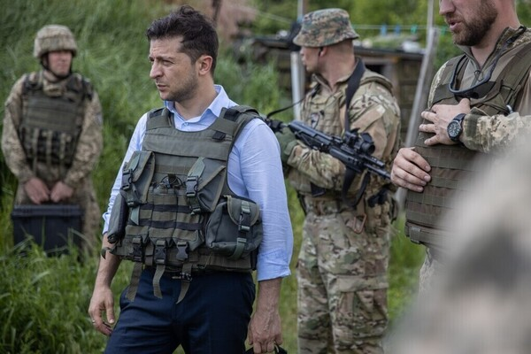 Зеленский жестко отреагировал на гибель военных на Донбассе