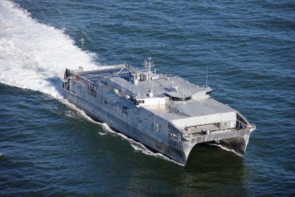 В России заявили об отслеживании корабля ВМС США в Черном море