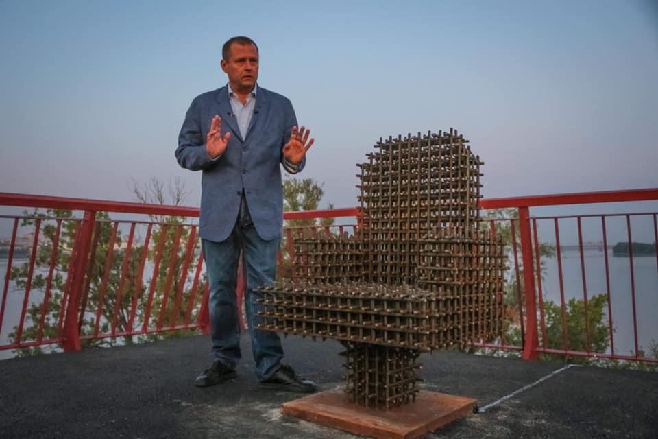 Мэр Днепра Филатов выиграл пари у Зеленского