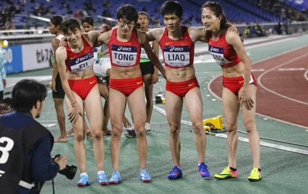 Китайских легкоатлеток заподозрили в том, что они мужчины