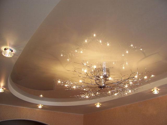 Уют и комфорт в доме с точечными светильниками