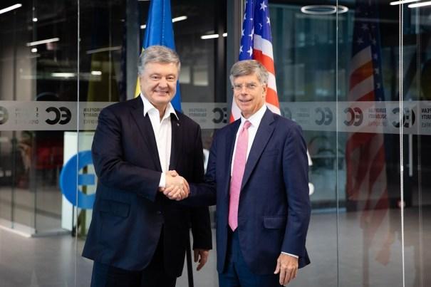 Порошенко прокомментировал намерение президента распустить ЦИК
