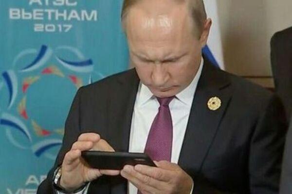 Песков подтвердил наличие у Путина толстого прибора