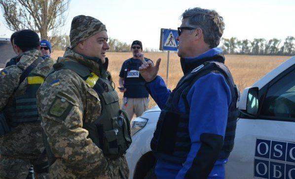 Кучма предложил России вернуть на Донбасс своих офицеров СЦКК