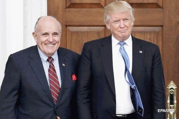 В США прокуратура открыла дело против адвоката Трампа