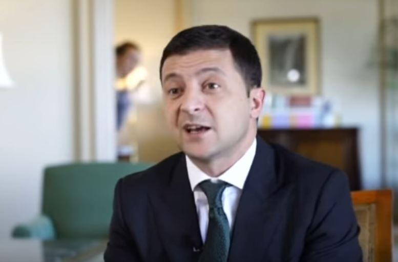 Мендель попала в новый скандал во время интервью Зеленского