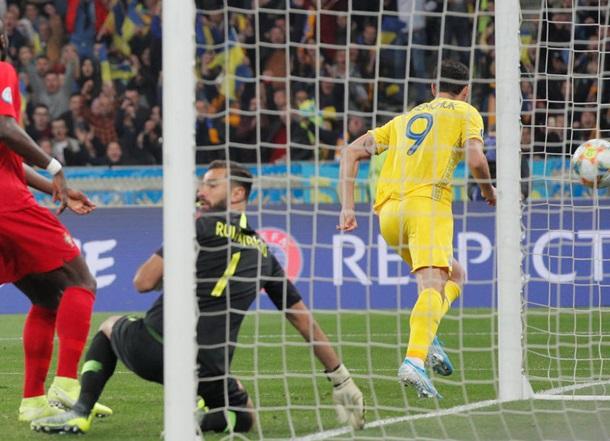 Украина выигрывает у Португалии в матче отбора на Евро-2020
