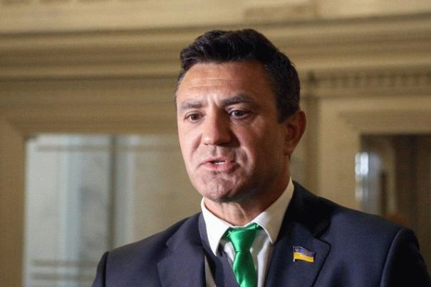 Опубликована переписка нардепа Тищенко о ситуации во фракции «Слуга народа»