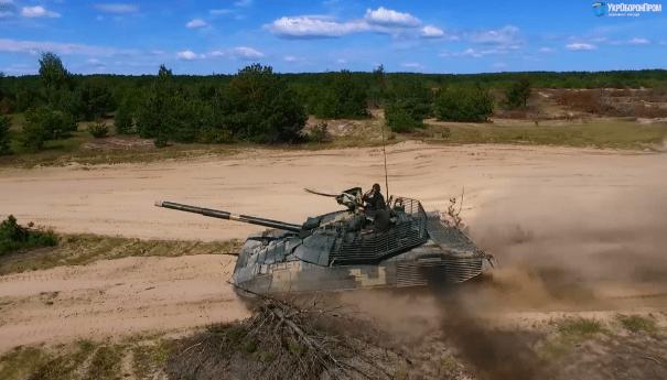 Зеленский на заводе Малышева вскрыл проблему выпуска танков для ВСУ