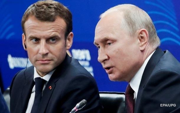 Путин обсудил с Макроном особый статус Донбасса
