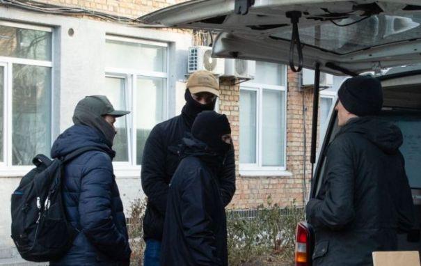 У Порошенко отреагировали на блокирование силовиками офиса партии