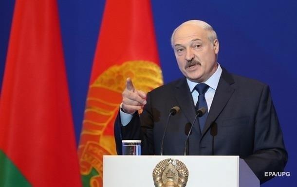 Лукашенко объяснил причины отказа слияния Беларуси с Россией