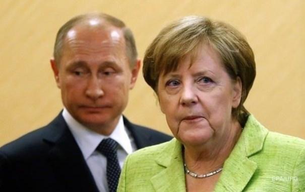 Путин пригласил Меркель в Москву для беседы о Донбассе