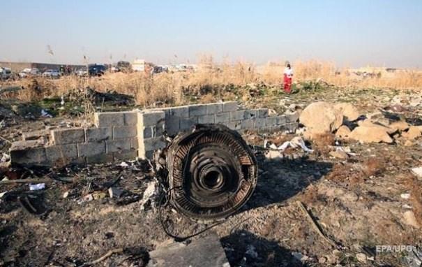 Иран отрицает версию ракетного удара по самолету МАУ