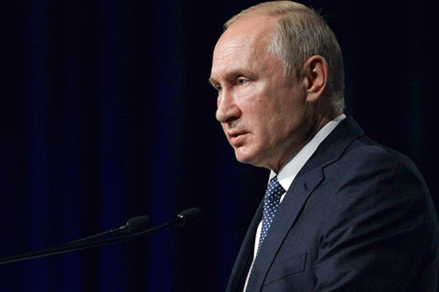 Путин форсирует изменение Конституции: озвучена главная причина