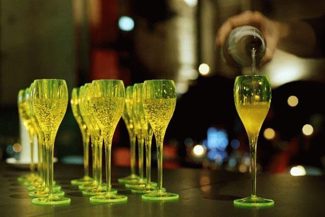 В Украине переименуют коньяк и шампанское