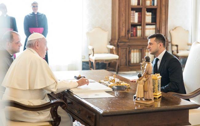 Зеленский обратился с важной просьбой к Папе Римскому