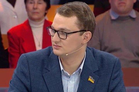 Депутат предложил пенсионерке продать собаку ради расчета за коммуналку