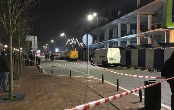 В России мужчина на улице расстрелял семью с ребенком
