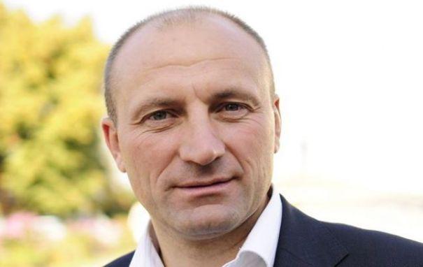 В ответ на угрозы мэр Черкасс предложил Авакову расследовать нераскрытые дела
