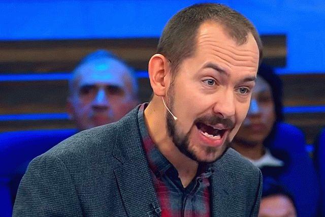 Журналист Цимбалюк задал Усику и Ломаченко вопрос о российской агрессии