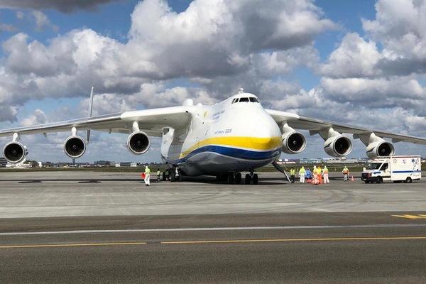 В Польше разгорелся скандал из-за доставки самолетом «Мрия» крупной партии китайских респираторов