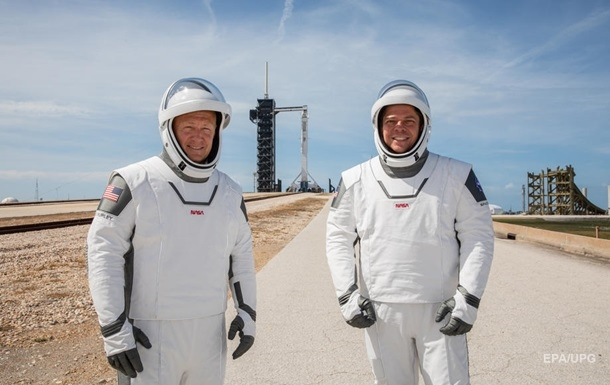 Запуск на МКС астронавтов на ракете Falcon 9 сорвался