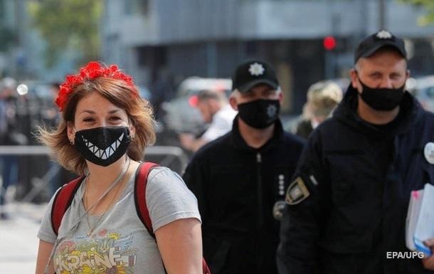 В Украине коронавирусом заболели еще 393 человека