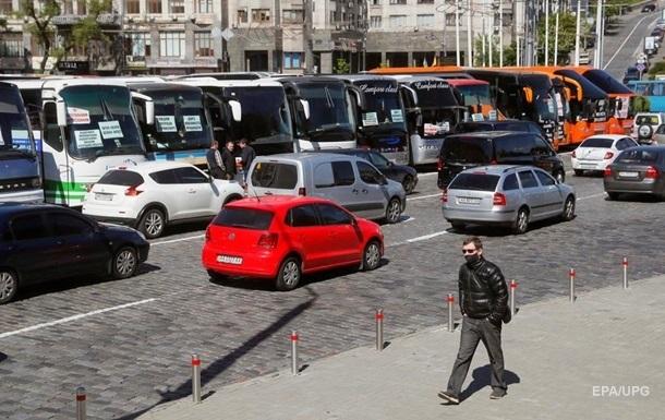 Зеленский рассказал, как запускать общественный транспорт