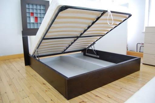 Кровать с подъёмным механизмом – чудесное решение для спальни