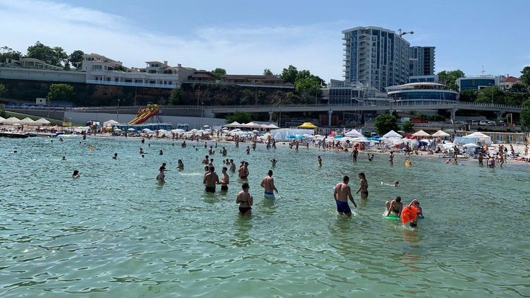 На одесских пляжах исследовали качество воды