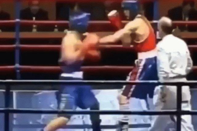 Украинский боксер победил нокаутом на первой секунде боя: видео