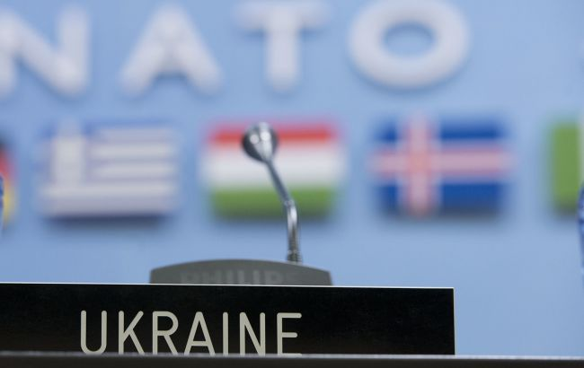В Кремле связали новый статус Украины в НАТО с войной на Донбассе
