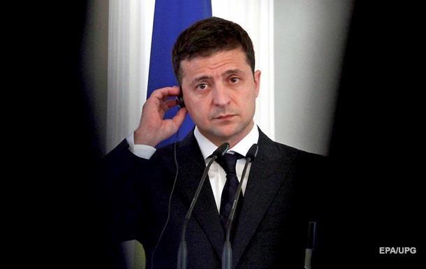 Зеленский заявил, что не поехал бы на военный парад в Москву