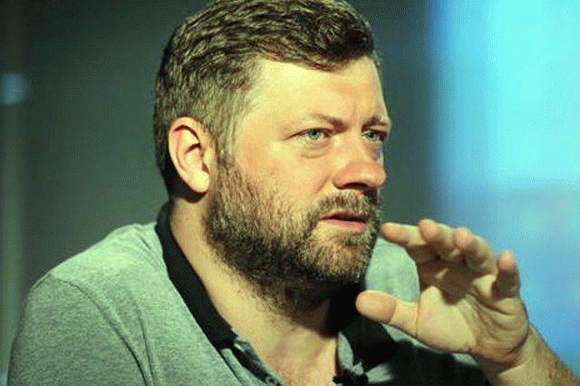 Корниенко пожаловался на критику власти со стороны телеканалов
