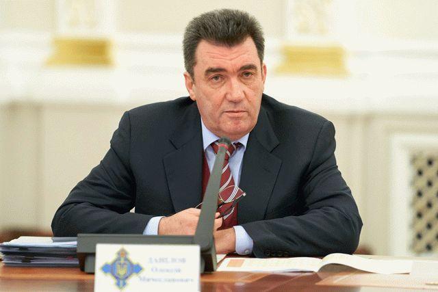 Секретарь СНБО назвал причину отказа от поставки воды в Крым